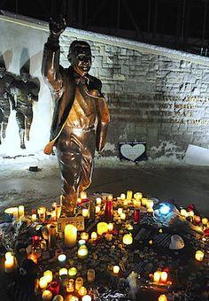 Unsurprising, since he'd been battling illness, but still sad.  RIP Joe Paterno.