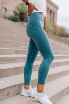 lululemon in movement tights in frosted pine Clothes My At Home Workout Routine Q&A Fitness Outfits, Cute Workout Outfits, Workout Attire, Sporty Outfits, Athletic Outfits, Athletic Wear, Workout Wear, Fitness Fashion, Cute Outfits