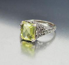 Sterling Silver Filigree Peridot Ring Size 8.5