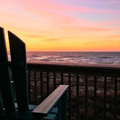 Just picture it... You sitting in this chair at dawn watching this beautiful sunrise with your cup of coffee (or tea) in hand. It doesn't get much better than that! 😍☕🌅 📷: Rusha Sams Vacation Resorts, Beautiful Sunrise, Sams, Coffee Cups, Florida, Island, Tea, Photo And Video, Sunset