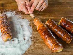 Házi kürtőskalács grillsütőn recept lépés 10 foto Kurtos Kalacs, Chimney Cake, Hungarian Recipes, Hungarian Food, Arabic Food, Churros, Sausage, Food Porn, Food And Drink