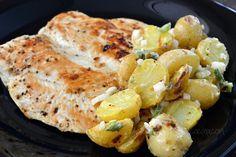 Pollo asado y ensalada de papitas con chile serrano