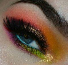 Multicolored eyeshadow
