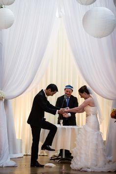 Breaking Glass, Jewish Wedding Ceremony by Michael Novo Photography - mazelmoments.com