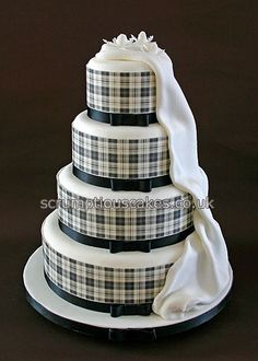 Wedding Cake (699) - Black & White Edible Tartan Collar by Scrumptious Cakes (Paula-Jane), via Flickr