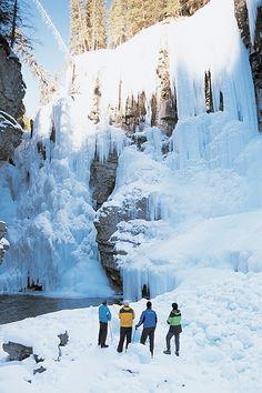 Ice Walking: Johnson Canyon: Fun family hiking (6 yrs +) #Canmore