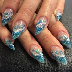 #nail #nails #kalix #lightelegance #nailart #nailwow #gel #gele #glitter #gelnails #gelenaglar