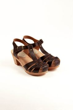 62f6952c756c ANNA blk (clog sandals. yes.) Swedish Clogs
