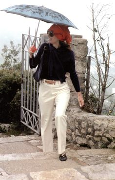 JACQUELINE- CHIC IN CAPRI | Mark D. Sikes: Chic People, Glamorous Places, Stylish Things