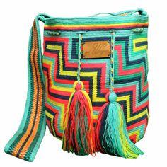 Handmade wayuu mochila bag - Aguamarina
