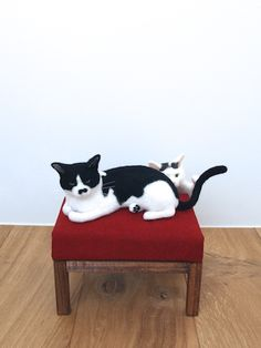 まるで生きてるみたい! 羊毛フェルト猫を堪能できる「猫ラボ」初個展 - Excite Bit コネタ(1/3)