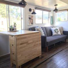 35 Gorgeous RV Decorating Ideas On Budget to Make a Happy Campers Happy Campers, Rv Campers, Happy Bus, Rv Living, Tiny Living, Home Renovation, Home Remodeling, Kitchen Renovations, Camper Renovation