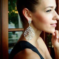 """""""Aristato Grande"""" 18K White Gold Raw Diamond Leaf Earrings - Plukka - Shop Fine Jewelry Online"""