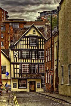 Hatchet Inn in Bristol, England.