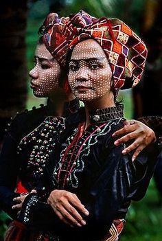 ..::Photography by Steve McCurry::..—> Website:http://stevemccurry.com/[All content © Copyright by Steve McCurry]    link by: Verocska Kosch