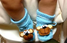 Crochê e Café como Terapia.:   Fiz esta botinha de crochê com macaco de feltro ...