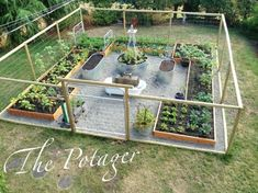 Best Vegetable Garden Fence Ideas Vegetable Garden Deer Fence Designs Deer Proof Vegetable Garden Fence 17 Easy Guides To Grow Vegetables Fruits In Containers Page 2 Of 4 #greengardenfence