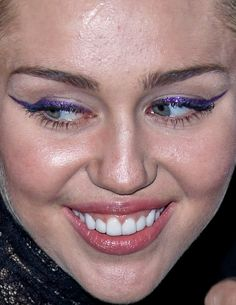 miley cyrus(more miley here) miley cyrus red carpet makeup celeb celebrity celebs celebrities celebrityclose-up.com