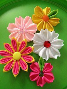 Little Kanzashi flowers