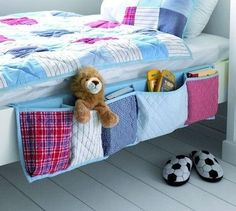sewing idea: bed storage for boys room/kids room. love this idea its cute for decor and some/minimal storage! Bed Organiser, Bedside Organizer, Pocket Organizer, Hanging Organizer, Fabric Organizer, Shoe Organizer, Sewing Hacks, Sewing Crafts, Diy Crafts
