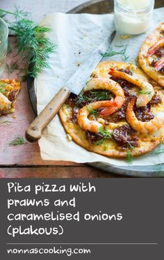 Melted cheese, fresh herbs, paprika, prawns and yoghurt . what more could you ask for from a Greek pizza recipe? Prepare the caramelised onions ahead of time to make this a speedy after-work dinner or snack. Prawn Recipes, Herb Recipes, Onion Recipes, Yogurt Recipes, Snacks Recipes, Greek Recipes, Pizza Recipes, Dinner Recipes, Fresh Onion Recipe