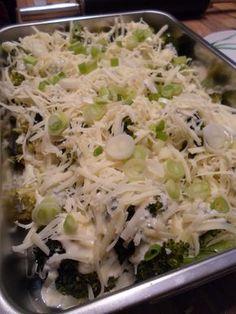 Brokkoli Käse Auflauf vor dem Backen