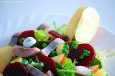 Probieren und Studieren : Leichter Matjessalat mit Apfel & Rote Bete