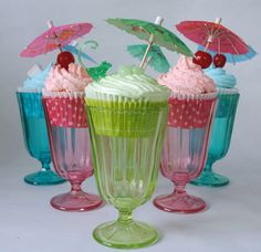 Cupcakes in sundae glasses