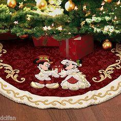Disney Victorian Mickey & Minnie Christmas Tree Skirt