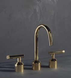 Urbane, URA04 in Polished Brass: Deck Mounted 3 Hole Basin Set with Swan Spout: Astor Handle #Polished Brass, #Tapware, #Basin