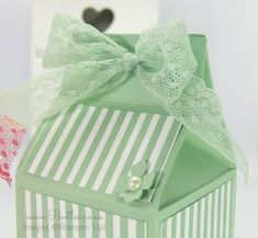 Stampin' Up! Demonstrator Pootles - Extra Large Body Shop Bottle Box Tutorial Side Top