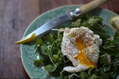 Kitchen Basics: How To Perfectly Poach An Egg   E.A.T.