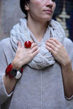 Red ring and stackable bracelet with original design from Ernesto de Barcelona