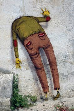 HEADLONG (adv) - 1. with the head leading. 2. without taking time to think about your actions; reckless. (Grottaglie Graffiti/OsGemeos, 2010)