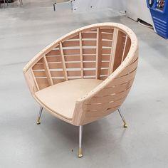 Welded Furniture, Cute Furniture, Furniture Upholstery, Home Decor Furniture, Luxury Furniture, Furniture Design, Wooden Sofa Designs, Living Room Sofa Design, Sofa Frame