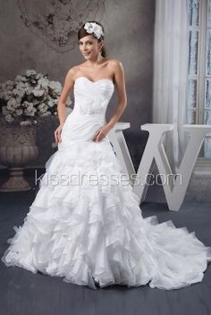 Graceful Handmade Flowers Decorated Pleated Trumpet Wedding Gown