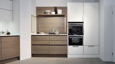 Classic kitchen in wood veneer eggersmann küchen GmbH & Co. KG