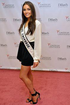 Olivia Culpo Photos - Chinese Laundry Presents: Miss Universe, Olivia Culpo And Miss USA, Nana Meriwether At Dillards - Zimbio