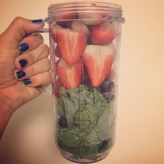 Getting my smoothie ready!!!