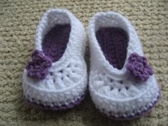 Crochet Baby Slippers Purple and White with Flower