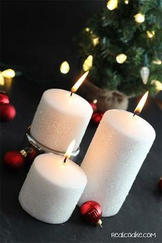 Tutorial on home to make a glitter candle. Easy #DIY Home Decor from #RealCoake