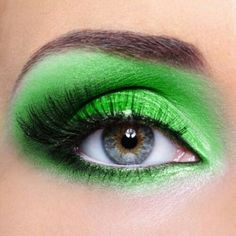 Green And Gold Eye Makeup For Blue Eyes - Eye Makeup Design