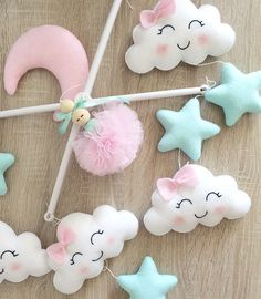 1 million+ Stunning Free Images to Use Anywhere Baby Cot Mobiles, Baby Crib Mobile, Baby Cribs, House Ornaments, Felt Ornaments, Felt Crafts, Diy And Crafts, Diy Hot Air Balloons, Ballerina Ornaments