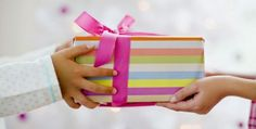 Top Gifts - From Homemade Gifts to Very Unique Gift Ideas. Find Ideas What to Give, Where to Buy Gifts and Everything Else for All Your Present Giving Needs. Christmas Party Games For Adults, Christmas Games, Holiday Parties, Holiday Gifts, Christmas Carol, Christmas Ideas, Raksha Bandhan Gifts, Rakhi Gifts, Adult Games