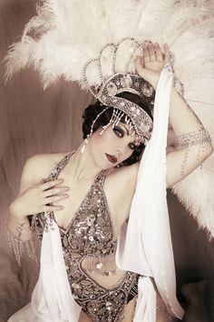 Xarah von den Vielenregen is a well-known international fire burlesque starlet from Berlin, now living in Amsterdam.
