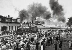 Maine Central No. 470 steams into Waterville, Maine, on its final run, a June 13, 1954, excursion.