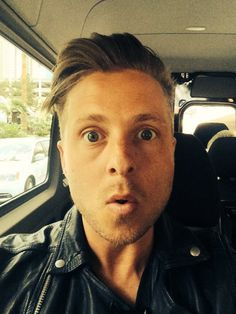 New selfie from Ryan Onerepublic, Pop Rock Bands, Cool Bands, Bass Cello, Ryan Tedder, Eddie Fisher, The Godfather, I Love Him, Hot Guys