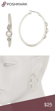 1.88g 18k Solid White Gold Cute Kids Hoop// One Row Earrings with White Stones