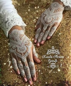Some White Henna Evening ❤ Henna @laalamaghfiroh #hennalookbook
