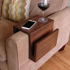 Couch table simply awesome couch sofa arm rest wrap tray table with side storage slot projects cool couches couch table arm rest table under couch table diy Arm Rest Table, Diy Furniture, Furniture Design, Furniture Chairs, House Furniture, Furniture Market, Handmade Furniture, Furniture Plans, Rustic Furniture